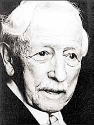 Герман Вирт – ученый- мистик, изучавший древние религии, символы и языки. Первый руководитель «Аненербе».